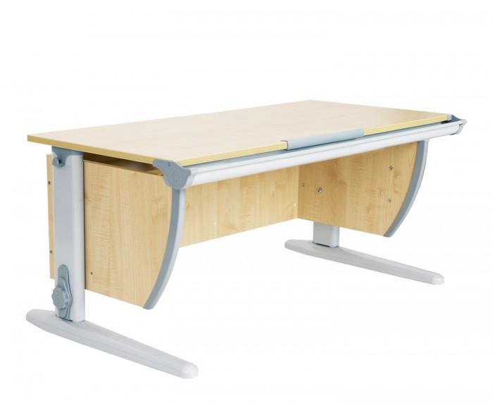 Дэми Стол универсальный трансформируемый СУТ.15 (столешница клен)Стол универсальный трансформируемый СУТ.15 (столешница клен)Дэми Стол универсальный трансформируемый СУТ.15 (столешница клен) - это парта в стартовой комплектации без подвесных приставок и подвесной универсальной тумбы на 2 ящика с выдвижным пеналом. Столешница у этой модели стандартна по размеру для СУТ 15-ой серии и равна 120 см. Широкая столешница очень удобна в процессе школьных занятий, она позволяет ребенку организовывать свое рабочее место без ограничений по размерам, что особенно актуально в последнее время, когда в жизнь детей с раннего возраста вторгается такое обилие цифровой техники, факультативных занятий, развивающих игр и прочего, прочего, прочего. Несомненным преимуществом широкой столешницы является возможность детишек с небольшой разницей в возрасте заниматься одновременно за одной партой, хотя конечно мы рекомендуем оборудовать рабочее место каждому школьнику отдельно. Мама, папа, бабушка и дедушка без проблем поместяться рядом с ребенком, желая помочь в выполнении или проверке домашнего задания. К слову, парты со столешницей 120 см- самые широкие парты Дэми, шире нет и не нужно, это бы усложнило бы процесс занятий, сделав его громоздким и не эргономичным.  Ученическая парта Деми СУТ 15 имеет 9-ти ступенчатый механизм наклона столешницы производства Shatti (Германия). Занимаясь за школьной партой Деми, ребенок выбирает оптимальный угол наклона столешницы от 0 до 26° в зависимости от того рисует он, читает или пишет. Комплект СУТ 15 можно купить как для первоклассника, так и для подростка, ведь школьная парта СУТ 15, как и все модели парт Деми, адаптируется под рост ребенка от 110 до 198 см, а благодаря удачным цветовым решениям, растущая парта впишется в интерьер любой квартиры.  Производитель Деми позаботился о том, чтобы парта стала любимым предметом в детской как для мальчика, так и для девочки, предусмотрев исполнение всех моделей парт Дэми в сером, синем и розовом, оранжевом и з