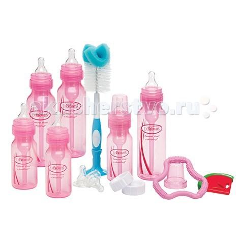 Dr.Browns Набор бутылочек для новорожденного, полипропиленНабор бутылочек для новорожденного, полипропиленБутылочки Dr.Brown's создают при кормлении новорождённых детей положительное давление и предотвращают образование вакуума, создавая условия, аналогичные кормлению грудью.  Уникальная вентиляционная система позволяет воздуху проникать внутрь бутылочки через отверстия, расположенные на внешней стороне вентиляционной втулки.   Далее через вентиляционную трубку воздух попадает в ту часть бутылочки, которая при кормлении расположена над жидкостью. Постоянное замещение жидкости воздухом в процессе кормления предотвращает возникновение вакуума. Вакуум (негативное давление), формирующийся в обычных бутылочках, может вызвать такие проблемы, как накопление жидкости в среднем ухе, колики, газы, срыгивание, плохое настроение ребёнка.   Вентиляционная система сводит к минимуму контакт воздуха с грудным молоком, сохраняя такие важные питательные вещества как витамины С, А и Е.  1) Вентиляционная система Позволяет воздуху поступать внутрь бутылочки через отверстие в держателе соски, не соприкасаясь при этом с грудным молоком или детской смесью.  2) Далее воздух поступает через внутреннюю вентиляционную систему в ту часть бутылки, которая располагается над грудным молоком или смесью   3) Грудное молоко (детское питание) свободно поступает через соску. Положительное давление предотвращает слипание соски, а также снижает вероятность попадания жидкости в полость среднего уха.  В наборе:  бутылочка с узким горлышком 240 мл - 3 шт бутылочка с узким горлышком 120 мл - 3 шт 2 соски от 3 месяцев (уровень 2), 2 соски от 6 месяцев (уровень 3), 2 прорезывателя Coolees и Flexees, 2 крышки для бутылочек, ершик для бутылочек, 2 ершика для чистки вентиляционной системы.<br>
