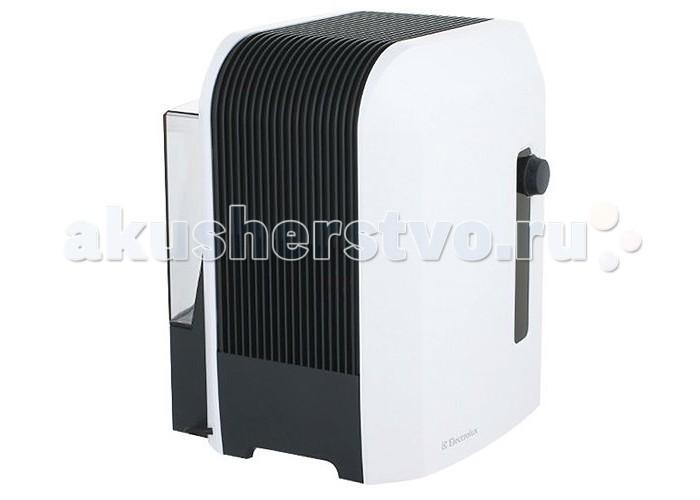Electrolux Мойка воздуха EHAW – 6515Мойка воздуха EHAW – 6515Мойка воздуха Electrolux EHAW – 6515 эффективно увлажняет и очищает воздух в помещении, создавая оптимальный и комфортный микроклимат для человека.  Мойка воздуха Electrolux EHAW – 6515 представляет собой современный увлажнитель, который комбинирует мягкое и естественное увлажнение воздуха с уникальной технологией очистки воздуха от пыли, пылевых клещей, вредоносных спор и пыльцы.  Мойки воздуха отличаются от ультразвуковых увлажнителей тем, что кроме увлажнения они еще проводят и очистку воздуха при прохождении его через воду. Специальные диски внутри мойки омываются водой, частицы пыли притягиваются дисками, а потом смываются водой. Воздух, проходящий сквозь мойку насыщается необходимой влагой и очищается водой, которая является своего рода природным фильтром. Благодаря этому Мойка воздуха Electrolux EHAW – 6515 не нуждается в расходных материалах и сменных фильтрах.  Влажный и чистый воздух, благодаря этой уникальной системе, приобретает естественную свежесть и мягкость. Похожие процессы увлажнения происходят в природе, когда после дождя воздух становится свежее и чище.  Дополнительной опцией в Мойке воздуха Electrolux EHAW – 6515 используется специальный ионизирующий стержень с серебряным напылением, который обеззараживает воду, убивая более 650 видов вредных бактерий.  Регулируемые ступени мощности позволяют использовать обычный режим для достижения максимальной интенсивности увлажнения и более щадящий, бесшумный и экономичный режим для работы в ночное время суток.  Мойка воздуха Electrolux EHAW – 6515 также оснащена функцией отключения при недостаточном уровне воды. Благодаря этой функции вы можете не беспокоиться о необходимости выключения увлажнителя, который сам отключится при необходимости.  В мойке воздуха используется вместительный бак для воды ёмкостью 7 литров, что позволяет работать увлажнителю более продолжительное время. Мощность прибора позволяет увлажнять и очищать воздух в обслуживаемом
