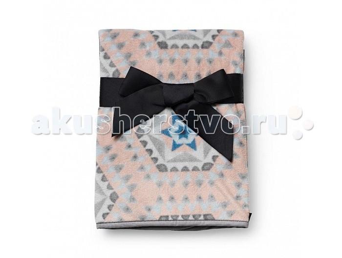Плед Elodie Details 70х10070х100Плед Elodie Delails  Яркий плед из двухслойной ткани идеально подойдет для коляски, будет очень удобен на пикнике, а также дома, когда малыша нужно укутать во что-то теплое.  Приятный на ощупь материал пледа, сочетающий в себе мягкость плюша и нежность бархата, изготовлен по новейшим технологиям и обладает влагопоглощающей способностью.  Важно отметить, что при многократной машинной стирке детское одеяло не изменит своего первоначального вида: не сядет и не потеряет прежней мягкости.   размер: 70х100 см  двойной слой влагопоглощающей ткани ткани  рекомендована машинная стирка  Коляски, конверты, нагрудники, клипсы для пустышек, сумки для мам – все это необходимые вещи повседневной жизни мамы и ребенка. Шведская компания Elodie detalis создает эти предметы уникальными и неповторимыми. Превосходное качество, стиль и практичность сделали компанию популярной во всем мире.  Elodie Details - это способ сделать повседневную жизнь более красивой и веселой!<br>
