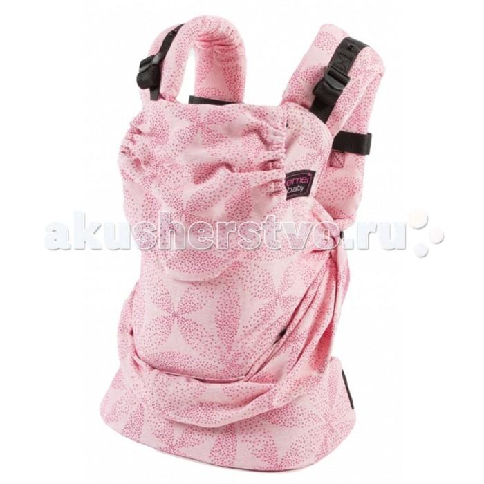 Рюкзак-кенгуру Emeibaby SoBaaliSoBaaliEmeibaby Слинг-рюкзак SoBaali  Emeibaby является гибридом слинга и эргономичного рюкзака. Он объединяет в себе преимущества слинга с простотой использования рюкзака. Emeibaby придуман мамой, которая оценив преимущества слинга, не хотела отказываться от него со своей маленькой дочкой, но, в то же время, хотела упростить процесс использования. Она много экспериментировала. И, наконец, придумала альтернативу - emeibaby – слинг для малыша и рюкзак для родителя. И никаких намоток и узлов!  Рюкзак пропорционально распределяет нагрузку для родителя за счет широких набивных лямок и поясного ремня. Поясной ремень широкий и удобный. Носить малыша комфортно не только на бедрах, но и на талии и выше.  Этот эрго-рюкзак идеально подходит малышам вне зависимости от его роста и размера! Ткань слинга оптимально регулируется таким образом, что края всегда находятся под коленками малыша!! Слинговая часть emeibaby обеспечивает равномерное натяжение по спинке и правильное разведение ножек. Cлинг двойного шарфового плетения Girasol (Германия) надежно фиксирует регулировку при помощи колец. В верхней «рюкзачной» части изделия спрятан подголовник, который можно использовать как валик под голову, для не подросшего малыша. Подголовник несъемный и предназначен для фиксации головы ребенка во время сна. Лямки рюкзака широкие, средней плотности. Предназначены только для параллельного ношения. Лямки регулируются в двух направлениях: снизу и сверху лямки.  Особенности: Emeibaby подходит для малышей от полутора – 2 мес и до 3 лет. Длина поясного ремня регулируется от примерно от 60 см (XXS) до 150 см (XXL) Шарфовая ткань: Girasol (Германия).  !Важно отметить, что производитель Emeibaby рекомендует данное изделие даже для крох, весом 2,5 кг. Но так как эрго-рюкзак не регулируется по высоте, то спинка изделия может оказаться слишком высокой для не подросшего ребенка. Верхний край должен быть не выше середины затылка, это обеспечивает безопасное ношение и контроль