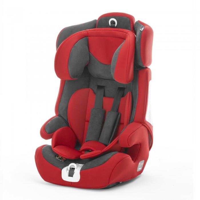 Автокресло Esspero Cross FixCross FixEsspero Автокресло Cross Fix - качественное автокресло для детей от 9 месяцев до 12 лет (от 9 кг до 36 кг). Очень вместительное кресло, благодаря чему ребенок поместится даже в верхней одежде. Ремни и подголовник можно регулировать по высоте, по мере роста ребенка.  Все материалы прошли проверку на экологичность, гипоаллергенность и безопасность для окружающих. Верхнее покрытие можно стирать ручной стиркой при температуре воды 30 градусов.  Особенности: Для детей весом до 18 кг используется как универсальное автокресло с пятиточечными ремнями безопасности. Для детей весом свыше 18 кг крепится трехточечными ремнями автомобиля. Вместительное кресло, в котором ребёнок поместится даже в верхней одежде. Несколько положений высоты подголовника. Обивка сидения снимается и стирается при температуре 30°С. 5-точечный ремень безопасности автокресла подгоняется строго под рост и объёмы ребёнка. Есть мягкие плечевые вставки. Оснащено системой защиты от бокового удара. Сделано из материалов, поглощающих силу удара. Устанавливается по ходу движения автомобиля. Показаны отличные результаты в тестах на безопасность.<br>