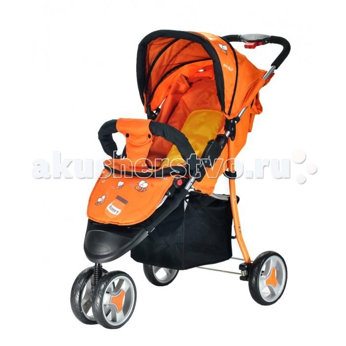 Прогулочная коляска Everflo Е-930Е-930Прогулочная коляска Everflo Е-930 – это не только первый транспорт для ребенка, но и средство самовыражения его родителей, предмет, с помощью которого они могут подчеркнуть свою индивидуальность. Компания Everflo производит модели, в которых сочетается элегантность, практичность и отменное качество.  Особенности: Коляска очень устойчива в сложенном виде, занимает мало места. Конструкция имеет небольшой вес, с которым без труда справится даже самая хрупкая мама. Рассчитана на детей не старше двух лет. Простой и удобный механизм складывания. Передняя колесная ось значительно уже, чем задняя. Это повышает маневренность модели. Коляска имеет оригинальный дизайн. Корзина для покупок вместительная, расположена в нижней части изделия. Подножку можно установить в соответствии с ростом ребенка, так чтобы его стопы не болтались в воздухе. Коляска раскрывается до положения, оптимального для сна малыша. На время поездки кроху можно пристегнуть ремнями безопасности. В данной модели предусмотрена возможность крепления солнцезащитного козырька и накидки для ног.<br>