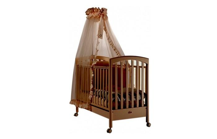 Детская кроватка Feretti SauvageДетские кроватки<br>Детская кроватка Feretti Sauvage рекомендована для детей с рождения.  Красивый и оригинальный дизайн порадует Вас и вашего малыша. Кроватка изготовлена из массива бука. При изготовлении используются только натуральные и нетоксичные лаки, краски и клей.  Особенности: Рейки обеспечивают надежное крепление матрас Два уровня положения дна Две регулирующийся стенки Механизм регулировки борта одной рукой Бортики снабжены силиконовыми накладками Выдвижной ящик для постельного белья или игрушек Съёмные, самоцентрирующиеся колеса, снабжены 2 тормозами Украшена аппликацией Колёса съёмные, самоцентрирующиеся колеса, снабжены 2 тормозами (полозья для качания) Материал: бук, шпонированный бук, мдф