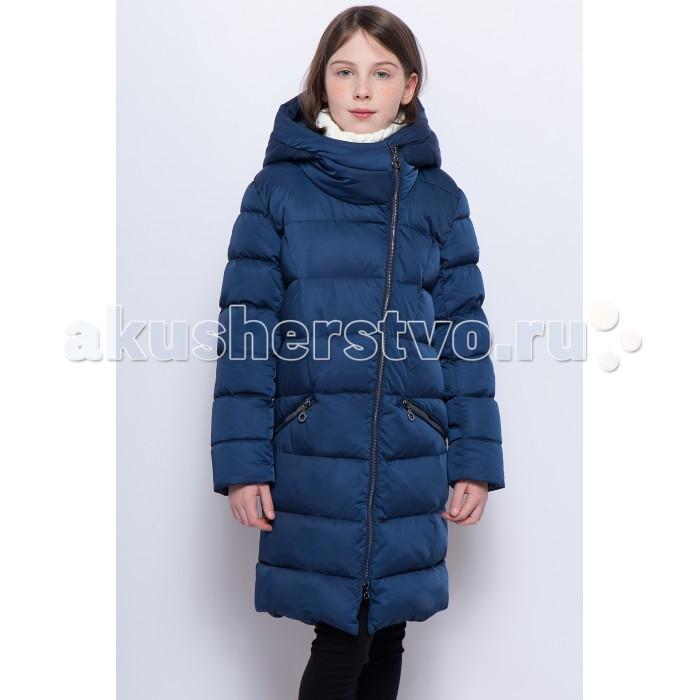 Finn Flare Kids Полупальто для девочки KW17-71002Полупальто для девочки KW17-71002Finn Flare Kids Полупальто для девочки KW17-71002 стильное яркое полупальто выполнено из прочного материала с утеплителем пух/перо высокой плотности, который имеет отличные теплоизоляционные свойства и является идеальным наполнителем для зимней одежды.  Стеганое полупальто для девочки на молнии прямого покроя, несъемный капюшон, прорезные карманы на молнии.  Состав:  Основной материал: 55% нейлон, 45% полиэстер Подкладка: 50% вискоза, 50% полиэстер Утеплитель: 90/10 пух/перо Фактура материала: Плащевая ткань  Уход: Машинная стирка в щадящем режиме при максимальной температуре 30°C.  Финский бренд Finn Flare предлагает широкий ассортимент качественной продукции. Модные брендовые вещи являются уникальным предложением для тех, кто предпочитает комфорт и обладает хорошим вкусом. Финская компания уже более полувека создает оригинальные и стильные линейки одежды, обуви и аксессуаров.<br>