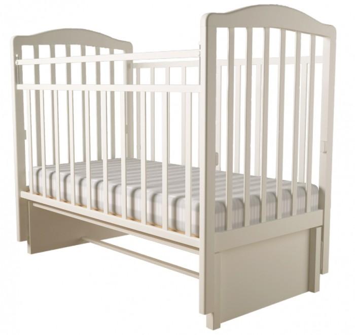 Детская кроватка Forest Malva маятник продольный (без ящика)Malva маятник продольный (без ящика)Детская кроватка Forest Malva  маятник продольный, выполненная в классическом дизайне, прекрасно подойдет для любой спальни.  Кроватка оснащена маятниковым механизмом продольного качания, обеспечивающий мягкие и плавные движения кроватки.  Регулируемое в двух положениях дно кроватки позволяет малышу проводить своё время с максимальным комфортом и является очень удобным для использованием родителями.   Особенности: Изготовлена из высококачественного массива березы Два положения ложа  Маятниковый механизм продольного качания с фиксацией Опускающаяся стенка  Реечное дно  Размер спального места 120х60<br>