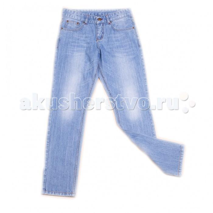 Free Age Брюки джинсовые ZB 10267Брюки джинсовые ZB 10267Что общего у всех мальчишек? Правильно! Они все активные и подвижные, любят играть в мяч, карабкаться по деревьям и даже исследовать окрестные крыши. Именно поэтому одежда для маленького непоседы должна быть удобной и практичной.  Брюки джинсовые для мальчика, как раз такая модель, ведь она: изготовлена из безопасных материалов и имеет необходимые сертификаты качества скроена с учётом всех важных особенностей строения детской фигуры, а потому обеспечивает исключительный комфорт не требует сложного ухода отличается дизайном, который определённо понравится мальчику  Пусть каждый день приносит радость!  Состав: 100% хлопок. Уход: ручная или машинная стирка при температуре не более 40 °С.  Free Age –  российский производитель детской одежды для детей в возрасте от 4  до 12 лет. Одежда марки Free Age – это повседневная, удобная одежда в стиле casual. В основе коллекций лежат базовые вещи, которые просты по конструкциям, всегда востребованы и хорошо сочетаются как между собой, так и с модными элементами.  Коллекции Free Age разрабатываются ведущими дизайнерами Санкт-Петербурга. При этом учитывают все тенденции мировой моды и особые требования, предъявляемые именно к детской одежде: гигиеничность, носкость, удобство эксплуатации, комбинированность. Вся одежда ТМ Free Age изготавливается из высококлассного хлопка на фабрике в Узбекистане.<br>