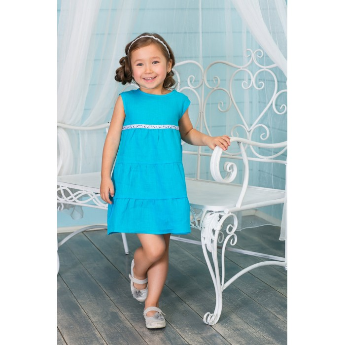 Frizzzy Платье ВоланамиПлатье ВоланамиFrizzzy Платье Воланами  изо льна. 100% лен.    Лен прекрасно держит форму платья. Носить льняные вещи - полезно для здоровья - лен обладает редкими бактерицидными свойствами - ни бактерии, ни грибок не размножаются на нем, поэтому лен - идеально подходит для детской одежды.   Малышке будет очень комфортно в этом платье. Благодаря льну в жаркий день платье отведет влагу и тепло, хорошо пропустит воздух. Если подует ветерок и станет холодно - лён будет держать тепло. На ощупь лен - мягкий. Малышке будет очень приятно носить платье.   Модный и современный дизайн будет радовать глаз. Прочность, комфортность, натуральность ткани будут радовать родителей.<br>