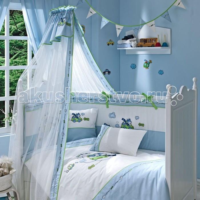 Комплект в кроватку Funnababy Leo Teo (5 предметов)Leo Teo (5 предметов)Комплект для кроватки Funnababy Leo Teo - высококачественное белье, которое изготавливается из 100% хлопка с наполнителем: силикон.   Белье имеет красивый дизайн, оно украсит кроватку и подарит малышу уютный и здоровый сон.   В комплекте:  Пододеяльник - 100х130 см.  Одеяло - 100х130 см.  Бампер по периметру кроватки (съемный чехол)   Простынка на резинке  Наволочка - 40х60 см    Особенности:   комплект постельного белья в детскую кроватку из натурального хлопка  постельное белье подойдёт для детской кроватки размером 125х65 или 120х60 см  в дизайне используется авторская вышивка и декоративное шитьё  спокойные и приятные цвета ткани с забавными рисунками не будут раздражать и утомлять глазки вашего ребёнка  нежные и мягкие материалы не будут раздражать нежную кожу ребёнка и не доставят ему неудобства  постельный комплект изготовлен из натуральных и гипоаллергенных тканей, которые создают комфортные условия для спокойного сна Вашего ребёнка  для наполнения защитного бампера, одеяла и подушки используется только экологически чистый наполнитель  данный комплект имеет 4-х сторонний защитный бампер, который защищает Вашего малыша по всему периметру кроватки  простынь с резинкой, которая помогает надежно закрепить ее на матрасе  белье легко стирается в режиме деликатной стирки при температуре 30&#186;С  комплект постельного белья сертифицирован и абсолютно безопасен для новорождённого малыша<br>