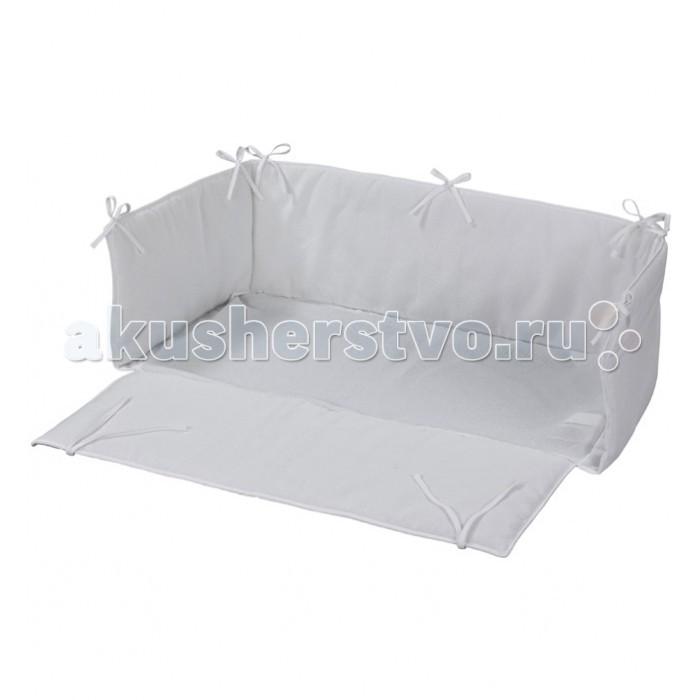 Комплект в кроватку Geuther Матрасик и бортики для люльки Aladin/Betty/BetsyКомплекты в кроватку<br>Комплект в кроватку Geuther Матрасик и бортики для люльки Aladin/Betty/Betsy  создаст уютное гнездышко внутри кроватки.  В комплекте:  Мягкий бампер на завязках с тонким матрасиком отлично подойдет для кроваток-люлек Geuther Высота бортиков 30 см Подходит для кроваток с размером спального места: 45 х 90 см Материалы: 100% хлопок, наполнитель - полиэстер Инструкция по уходу: машинная стирка при 30 °C