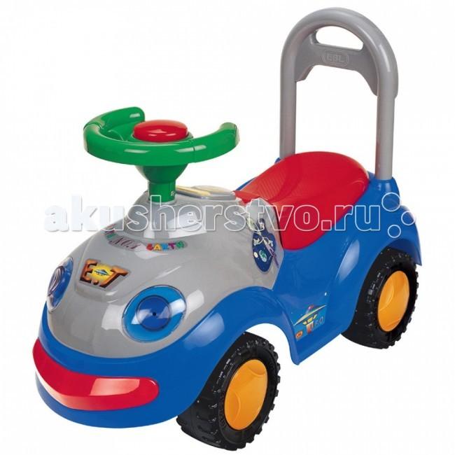 Каталка Glory LBL2109MLBL2109MКаталка Glory LBL2109M. Легкая пластиковая каталка для детей от года. Управляется рулем, на котором расположена пищалка. Сзади расположена спинка. Также у модели электрические фары и поворотники.  Характеристики: Светятся электрические фары и поворотники Поворот передних колес управляется рулем Багажник под сиденьем Сзади высокая спинка, за которую малыш может держаться при ходьбе или взрослый переносить Легкое движение вперед и назад Колеса с поворотом на 90 градусов Материал: упрочненный пластик<br>