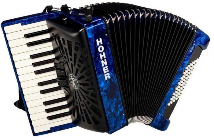 Музыкальные инструменты Hohner Аккордеон The New Bravo II 48 1/2 аккордеоны hohner a4262 nova ii 72 sw b grif