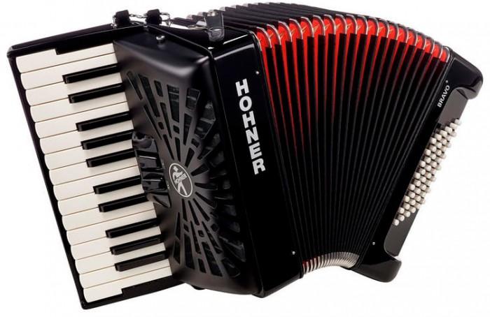 Музыкальный инструмент Hohner Аккордеон The New Bravo II 48 1/2