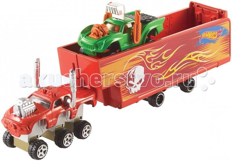 Hot Wheels Игровой набор Собери грузовикИгровой набор Собери грузовикHot Wheels Игровой набор Безумные гонки не позволят скучать ни минуты, ведь из имеющихся элементов набора можно создавать свои уникальные машинки и перевозить их на большом грузовике, а также запускать по скоростному треку.  Особенности: Все детали машинок Хот Виллс достаточно простые и универсальные, они легко комбинируются и соединяются в разнообразные интересные вариации.  Все гоночные машинки очень детализированные, собирать их невероятно интересно, ведь предстоит выбрать, куда установить различные двигатели, драйверы, шасси, колеса и крыши, а также красивые кузова и отличительные знаки. Готовую машинку можно украсить наклейками и приступить к увлекательнейшей игре. Еще один приятный сюрприз ожидает юного автолюбителя: стенки грузового кузова можно разложить, трансформируя его в яркую стартовую площадку для машин, с который комбинируется Hot Wheels трек (продается отдельно и на фото представлен для ознакомления).  Благодаря тому, что все детали Hot wheels workshop имеют удобные крепления, ребенок без труда сможет собирать новые интересные конструкции. В набор входят различные детали для построения трака и трех машинок. Все элементы изготовлены из качественных материалов: три кузова из металла прекрасно соединяются с другими взаимозаменяемыми частями, а это пять видов колес и три вида водителей и, конечно же, яркие и стильные аксессуары.  Игровой набор Hot wheels Собери грузовик - это не только набор машинок для игры, но и настоящий конструктор, который поможет развить слаженность действий рук и фантазию, ведь мальчику предстоит проявить свои творческие способности и создать десятки различных вариантов комплектации авто.  Комплект совместим с другими наборами Hot Wheels Workshop и треками Хот Вилс, они не в ходят в набор и продаются отдельно.<br>