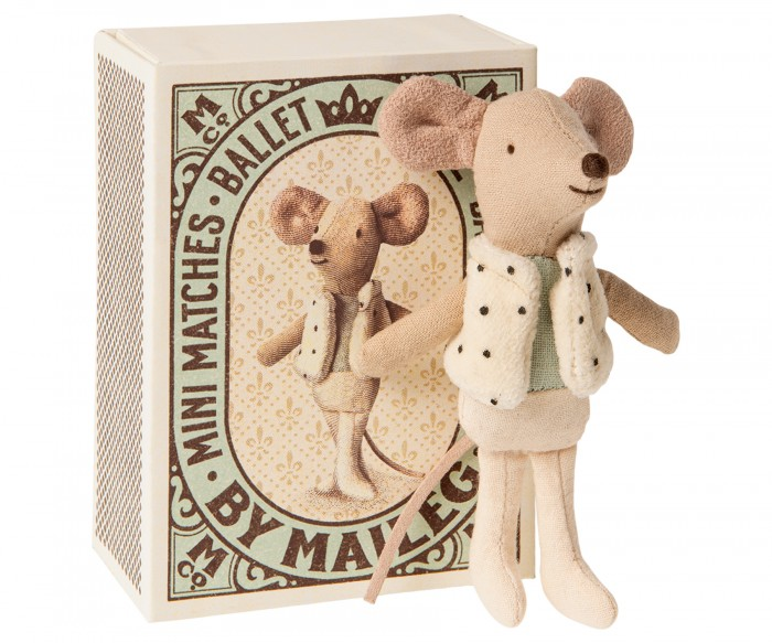 Мягкая игрушка Maileg Мышонок младший брат Танцор в коробке
