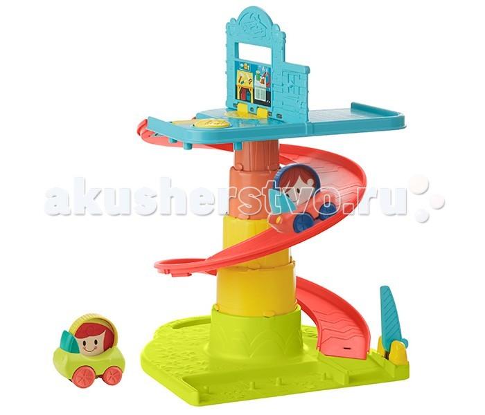 Playskool Hasbro Веселый Гараж возьми с собойHasbro Веселый Гараж возьми с собойPlayskool Hasbro Веселый Гараж возьми с собой. Замечательная игрушка для малышей из серии поиграй-сложи-возьми с собой - отличный выбор для мамочек, которые не любят сидеть на одном месте, много путешествуют со своим малышом и предпочитают передвигаться налегке, ведь главный принцип игрушек этой серии в том, что они легко складываются и помещаются в сумки мам, не занимая много места. Такую игрушку можно брать с собой в гости, на прогулку или в путешествие, она легкая, имеет формат плоского чемоданчика в сложенном виде и даже имеет удобную ручку для транспортировки.  Игровой набор Веселый гараж – это двухэтажное сооружение с парковочным местом на два автомобильчика наверху, спиральным съездом для машин и шлагбаумом на выезде. В набор входят две машинки с крутящимися колесами и изображением водителя. Игрушка сделана из пластмассы и окрашена в разные цвета – синий, красный и зеленый. Яркий красочный игровой набор на автомобильную тему, непременно, понравится мальчикам, но отлично подойдет и для девочки.  Высота игрушки в разложенном виде – 35 см, в сложенном – всего 7 см!<br>