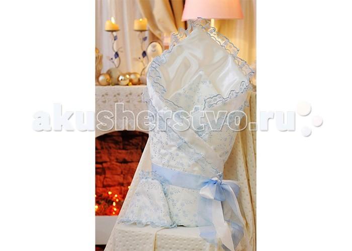 Комплект на выписку Арго Одеяло на выписку 067/АОдеяло на выписку 067/ААрго Одеяло на выписку - конверт на выписку атлас, утеплитель синтепон.   Размер одеяла 90x90.  Украшено лентой и рюшами из сатина.   В комплект с одеялом идет чепчик.<br>