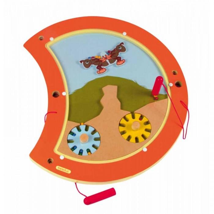 Деревянная игрушка Beleduc Настенный игровой элемент Гусеница БалансНастенный игровой элемент Гусеница БалансBeleduc Настенный игровой элемент Гусеница Баланс для детей старше 3-х лет.   При помощи магнитного карандаша дети могут перемещать шарики на весы.<br>
