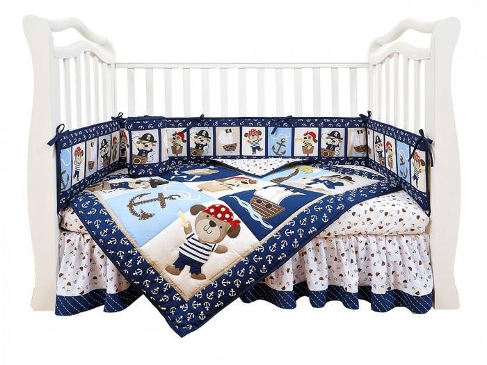 Комплект в кроватку Giovanni Shapito Piratic 120х60Shapito Piratic 120х60Комплект для кроватки Giovanni Shapito Piratic 120х60 (7 предметов). Стильный дизайн, практичные и безопасные материалы, сочетание ярких красок и забавных персонажей станут великолепным украшением для детской комнаты.   Основные характеристики: одеяло-покрывало декорировано вышивкой и тканевыми аппликациями бампер состоит из 4-х частей, что позволяет использовать его как по всему периметру кроватки в варианте для младенца, так и в варианте диванчика для подросшего малыша, чехлы не съемные простыня на резинке надежно закрепляется на матрасе и не позволяет складкам воздействовать на кожу ребенка юбка придает изысканный внешний вид детской кроватке. Материал: поликоттон (Хлопок 65% / Поливолокно 35%)— смесовая практичная ткань нового поколения, специально предназначенная для производства постельного белья, одеял, подушек и матрасов. По сравнению с тканями, произведенными только из хлопчатобумажных волокон, поликоттон имеет следующие преимущества: -долговечность структуры ткани и устойчивость рисунка -хорошие гигиенические свойства -приятный на ощупь -малая усадка -низкая сминаемость. Размер:  простыня натяжная на резинке 120 х 60 см бампер 120 х 25 см - 2 штуки бампер 60 х 25 см - 2 штуки одеяло - покрывало с аппликацией 107 х 84 см юбка декоративная по периметру, высота 23 см.<br>