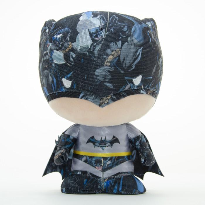 Мягкие игрушки, Мягкая игрушка YuMe Коллекционная фигурка Batman DZNR Modern Age 17 см  - купить со скидкой