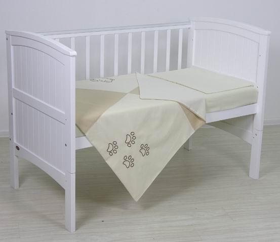 Постельное белье Fairy полулен (3 предмета)полулен (3 предмета)Нежный комплект постельного белья в кроватку Fairy полулён из 3 предметов станет настоящим украшением любой детской и подарит малышу много сладких снов.   Бельё полностью безопасно и гипоаллергенно.  Белье выполнено из полульна (лён + хлопок 70/30).  Комплектация: Наволочка: 40х60 см Простыня: 100х160 см Пододеяльник: 110х140 см<br>