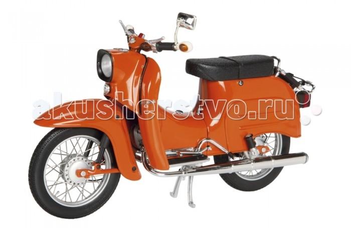 Schuco Мотоцикл Simson KR 51/1, красный 1:10Мотоцикл Simson KR 51/1, красный 1:10Мотоцикл Simson KR 51/1, красный 1:10, 4/8 450664200  Коллекционная модель Simson KR 51/1 от немецкого бренда Schuco - это точная копия одноименного мотоцикла в масштабе 1:10. Модель имеет максимально реалистичный вид за счет детализированной проработки корпуса. Колеса прорезинены и могут свободно вращаться. Для принятия устойчивого положения мотоцикла в нем предусмотрена подножка. Такая модель обрадует истинного коллекционера раритетного транспорта!<br>