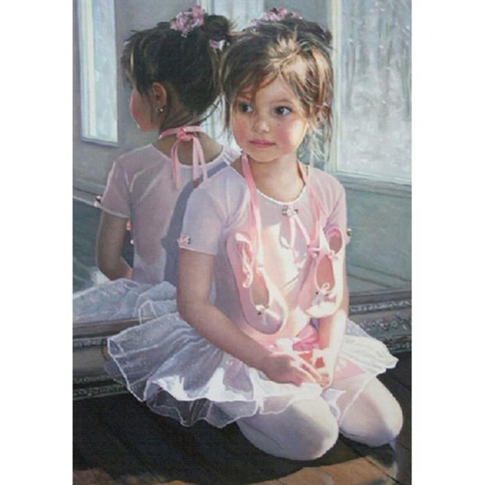 Купить Картины по номерам, Molly Картина по номерам с цветной схемой на холсте Маленькая балеринка 40х30 см
