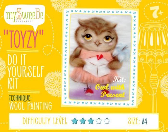 Картины своими руками ToyzyKit Картина шерстью Сова с подарком toyzykit картина шерстью сова в костюме панды