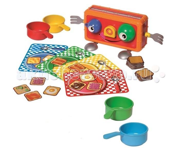 Splash Toys Игра Веселый тостерИгра Веселый тостерВеселый тостер - настольная игра. Состоит из игрушечного тостера, из которого в процессе игры выскакивают пластиковые тосты, которые игроки должны поймать с помощью тарелок.   Этот сумасбродный тостер удивляет каждым тостом: сколько их выпрыгнет? Никто не может сказать! Тосты уже покрыты вкусной едой: шоколад, сыр, мёд, варенье или яйца! Скорее поймай свои любимые тосты, а когда тостер опустеет, побеждает тот, у кого на тарелке больше всего тостов. Но берегись испорченной рыбы!   Приклейте наклейки с глазами в центр каждой чашки, а наклейку с таймером на нос тостера.  Вставьте зелёные и голубые глаза в нужные места во фронтальной части тостера… выглядит мило!  Две вилки, вставленные с каждой стороны тостера бодут служить руками. А 2 ложки, прикреплённые под тостером станут устойчивыми ногами! Каждый игрок берёт тарелку и кастрюльку одинакового цвета.  Возьмите 40 ломтиков хлеба и поместите их в каждый слот тостера. Поместите тостер в центре круга игроков. Из тостера выпрыгивают от 1 до 4-х тостов…  Никогда заранее неизвестно, сколько именно!  Все игроки одновременно пытаются поймать тосты в свои кастрюльки (без рук!). Если вы поймали испорченную рыбу, это плохо для вас! Вы должны отдать одну из карт, которые вы поймали, или из своей тарелки, или с краю. Положите карту на стол, маслом вверх.  Другой игрок может взять её во время обмена.<br>