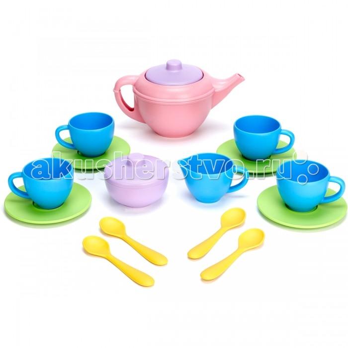 Green Toys Чайный наборЧайный наборGreen Toys Чайный набор - потрясающий набор, с которым маленькая принцесса почувствует себя настоящей хозяйкой.  Особенности: Все игрушки Green Toys производятся только в США, в Калифорнии, на фабриках, принадлежащих компании.  Компания выпускает свои игрушки только из переработанных материалов.  Все игрушки сделаны из переработанного пластика, а упаковочные картонные коробки, сделаны из переработанной бумаги.  В комплекте 17 предметов: чайник с крышкой,  сахарница с крышкой,  молочник,  4 чашки,  4 блюдца,  4 ложки<br>