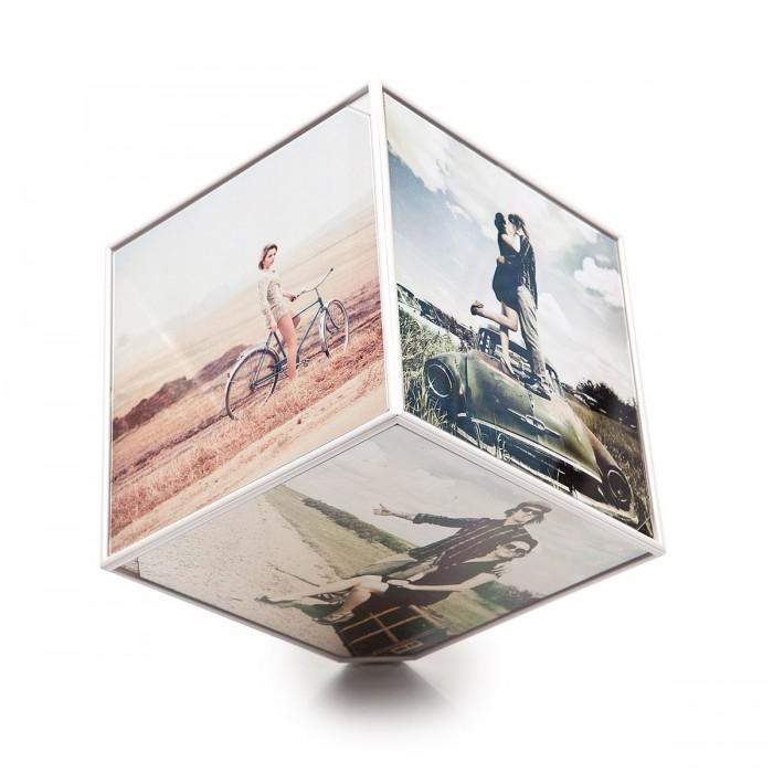 Фото - Фотоальбомы и рамки Balvi Держатель для фотографий вращающийся Kube 10x10 см сувенир