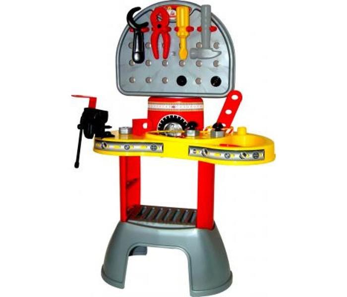 Полесье Набор Механик-макси 2Набор Механик-макси 2Набор Механик - замечательный большой набор для ролевой игры маленького умельца! Это настоящая мини-мастерская с инструментами и рабочим столиком. Крупные детали (гайки диаметром 2 см) и инструменты длиной 13 см подойдут даже самым маленьким детям.   Набор научит ребенка взаимодействовать с самыми распространенными элементами: винтами, гайками, крепежами - и инструментами: отверткой, разводным ключом, тисками, пассатижами и даже игрушечными тисками!   Игра с болтами и гайками прекрасно развивает крупную моторику рук и координацию движений, а значит, оказывает положительное влияние на мышление ребенка. Из планок и уголков юный механик может собирать простые объемные конструкции, тренируя при этом свое пространственное воображение. Все составляющие набора очень яркие, выполнены из прочной пластмассы.   В наборе: верстак тиски молоток пассатижи гаечный ключ отвертка 2 полоски длинные 2 полоски короткие 2 уголка 4 винта 4 гайки<br>