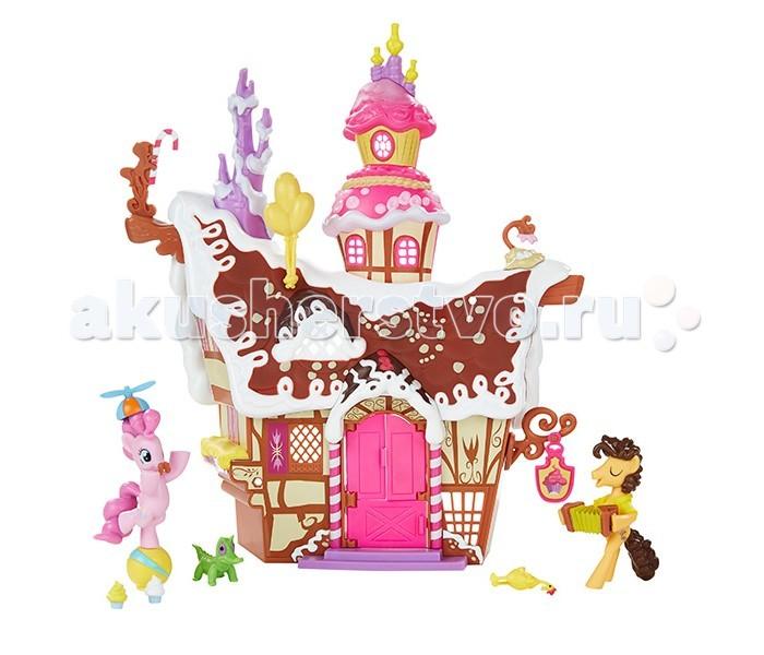 My Little Pony Hasbro Игровой набор Сахарный дворецHasbro Игровой набор Сахарный дворецДомик одной из самых милых героинь мультсериала «Дружба – это чудо», розовой пони Пинки Пай, выглядит точь-в-точь как шоколадный пряник, украшенный сахарной глазурью и воздушным кремом! Его так и хочется попробовать на вкус!   Однако, это вовсе не пряник, а самый настоящий функциональный двухэтажный дом, в котором живет наша героиня. Домик имеет открывающуюся дверь на переднем фасаде и открытую заднюю часть, позволяющую украшать внутренний интерьер различными аксессуарами, входящими в комплект набора.   Также в наборе Вы встретите двух персонажей мультфильма – пони Пинки Пай и Чиза Сэндвича, а также их замечательных питомцев. Этот яркий и «сладкий» набор станет украшением игровой комнаты любой поклонницы популярнейшего среди девочек мультфильма «My Little Pony»!<br>