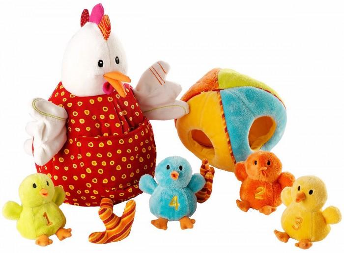 Развивающая игрушка Lilliputiens Курочка Офелия и ее цыпляткиКурочка Офелия и ее цыпляткиРазвивающая игрушка Lilliputiens Курочка Офелия и ее цыплятки. Что может быть мягче, чем курочка-наседка. Внутри у нее спрятаны странички из мягкого материала с веселыми картинками, на которых изображено, как проводят день ее любимые цыплята. Рецепт сладких снов до самого утра!<br>