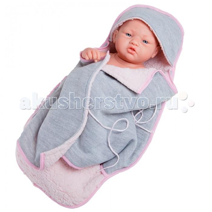 Paola Reina Кукла Бэби в серо-розовом конверте 36 смКукла Бэби в серо-розовом конверте 36 смPaola Reina Кукла Бэби в серо-розовом конверте 36 см   Эта кукла поможет девочкам ненадолго стать мамой маленькой дочки, которая выглядит так реалистично и правдоподобно. О ней так хочется заботиться и следить за ее здоровьем, поэтому малышки научатся проявлять внимание не только к игрушке, но и на ее примере за другими родными и близкими, что очень важно, когда в семье есть другие младшие дети.  Особенности: Эта уникальная кукла в виде младенца женского пола выполнена настолько реалистично, что детям захочется сначала ее как следует рассмотреть. У малышки выразительные черты лица, особенно невозможно оторвать взгляд от правдоподобных складочек в области глаз и пухлых губок. Наряд игрушки и аксессуары можно при необходимости постирать, и они останутся такими же яркими и привлекательными. Тело куклы выполнено из приятного на ощупь высококачественного винила, который имеет лёгкий аромат ванили. Материалы, из которых изготовлена игрушка, прошли все необходимые сертификации и проверки на безопасность для детей.<br>