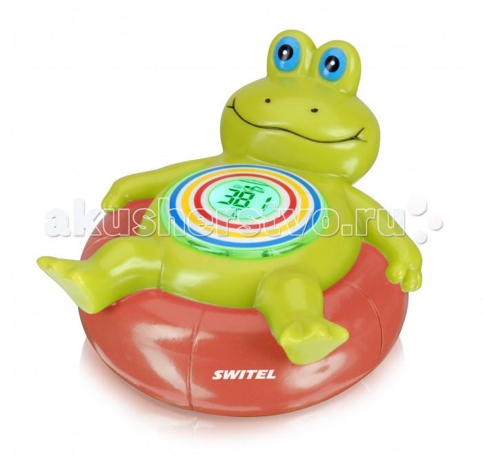 Термометр для воды Switel BC300BC300Switel Детский термометр для ванны BC300  Забавный детский термометр «Лягушонок» от известного швейцарского производителя детских товаров Switel. Замечательная игрушка, с которой малышу весело купаться, оповестит родителей об изменении температур и готовности воды. Цифровой дисплей отображает значение температуры, а цвет подсветки меняется вместе с изменением температуры: красный – вода слишком горячая; зелёный – комфортная; жёлтый – слишком холодная.  Особенности: Водоустойчивый, погружаемый Цвет дисплея оповещает о готовности воды в ванне: желтый (слишком холодная), зелёный (нормально) и красный (слишком горячая) Цифровой дисплей отображает температуру по шкале Цельсия (°C) Не только термометр, но и великолепная игрушка для купания малыша Включается автоматически при соприкосновении с водой, выключается при высыхании Работает от 3 батареек, тип 1.5V AAA (входят в комплект, уже установлены).<br>