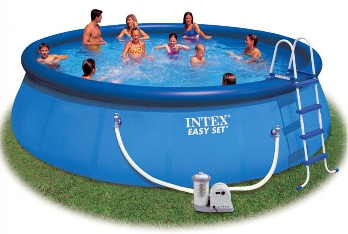 Бассейн Intex Easy Set 549х122 см с фильтром и системой очисткиEasy Set 549х122 см с фильтром и системой очисткиНадувной бассейн Intex Easy Set обладает двумя важными качествами: простотой конструкции и лёгким весом.   В верхней части предусмотрено надувное кольцо, которое по мере наполнения бассейна водой, поднимает и расправляет стенки, обеспечивая необходимую устойчивость. Всего 10 минут потребуется на установку конструкции.   Технология Super-Touch (сочетание винила и полиэстра), используемая в производстве, наделяет материал тройной прочностью, стойкостью к ударам, воздействию солнечного света, растягиваниям и стираниям.   Надувные бассейны, за счет отсутствия металлического каркаса, удобны в хранении и в сложенном виде не займут много места. Модель оснащена клапаном для удобства слива воды и разъемами для подключения фильтрующих и хлорирующих устройств.  Бассейн с фильтрующим насосом для очистки воды 220V. Фильтрующий насос обеспечивает очистку воды и редкую ее замену (1 раз в месяц). Дополняющая система очистки воды - хлор-генератор предусмотренный в комплекте, решит проблему обеззараживания воды. Соль добавляемая прямо в воду бассейна, благодаря своему составу, в процессе электролиза перерабатывается в хлор, быстро и безопасно, в результате чего вы получаете, чистую, обеззараженную воду без запаха и раздражений кожи. Скиммер предусмотренный в комплекте, крепится на борт бассейна, и подключается к насосу-фильтру, затягивая в специальную чашу, вместе с потоком воды весь плавающий мусор, который не удалось захватить сачком, обеспечивая тем самым, дополнительную фильтрацию верхних слоёв воды, наиболее подверженных загрязнению. Также в комплекте лестница высотой 122 см, тент для бассейна, подстилка под бассейн, набор для чистки.  В комплекте также идет ремкомплект. С его помощью вы сможете устранить самостоятельно какие-либо механические повреждения на изделии, приобретенные в ходе его использования.  Размер: 549х122 см.  Вместимость бассейна: 20647 л.  Производи