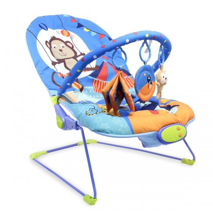 Ути Пути Шезлонг детский ЦиркШезлонг детский ЦиркУти Пути Шезлонг детский Цирк, 51 х 78 х 59 см, 1 дуга, 3 игрушки, вибро, музыка.  Шезлонг детский - это удобное кресло, с музыкальным и вибро эффектом, которое надежно фиксирует малыша с помощью трехточечного ремня безопасности и подходит малышу с первых месяцев жизни, благодаря регулируемой по высоте спинке. Спинка регулируется в трех положениях.  Два совместных режима работы: вибро + музыка Работает от 3-х батареек С Для детей до 9 кг.  В наборе:  съемная дуга и три игрушки-подвески безопасное зеркальце мягкая погремушка звездочка мягкая книжка и веселая рожица трехточечные ремни безопасности.<br>
