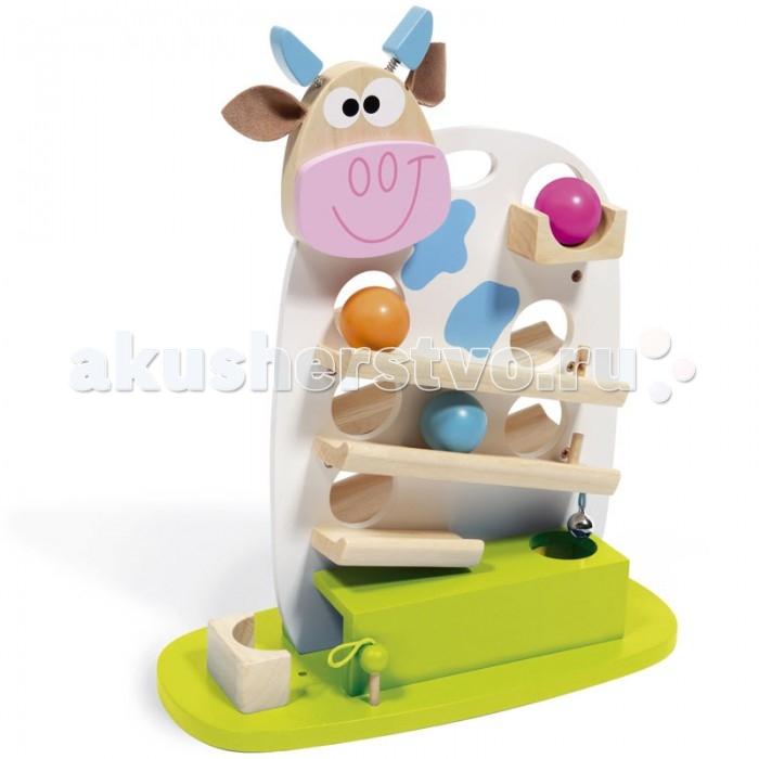 Деревянная игрушка Scratch   Деревянный трек Корова МариДеревянный трек Корова Мариstrong>Scratch Деревянный трек Корова Мари.  Интересный и забавный трек в виде милой коровки Мари обязательно понравится как мальчику, так и девочке. Игрушка представляет собой платформу, на которую прикреплена корова с дорожками с обеих сторон. Также в теле животного есть отверстия для шаров, чтобы они могли спускаясь по трамплину перекатываться с одной стороны на другую и обратно.   При достижении финиша шар ударяется о колокольчик и попадает в прямоугольный ящик. Все детали изготовлены из высококачественной древесины и окрашены не токсичными красками. Играя с Мари, ребёнок будет развивать глазомер, внимательность, цветовосприятие, логическое мышление и смекалку.<br>