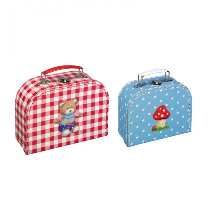 Spiegelburg Набор чемоданчиков Baby GluckНабор чемоданчиков Baby GluckSpiegelburg Набор чемоданчиков Baby Gluck.  Набор чемоданчиков Baby Gluck состоит из большого и маленького чемоданчика. Оригинальный и хороший подарок на рождение или крестины малыша.<br>