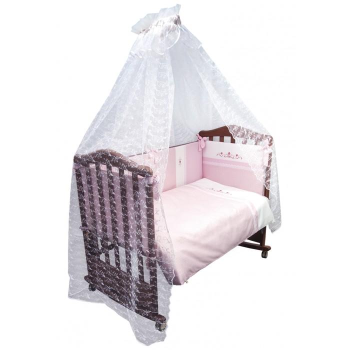 Комплект в кроватку Сонный гномик Прованс (7 предметов)Прованс (7 предметов)Комплект детского постельного белья «Прованс» – прекрасно подойдет для апартаментов маленькой леди. Превосходный дизайн, сочетающий классический стиль, роскошь и уют   состав ткани: великолепный сатин, 100% хлопок  отделка ручной работы шитьём и вышитой аппликацией  деликатные швы, рассчитанные на прикосновение к нежной коже ребёнка  бельё сертифицировано, полностью безопасно и гипоаллергенно  высокий бортик со съёмными чехлами для более лёгкой стирки на весь периметр кроватки  наполнитель бортика Холлофайбер Хард (плотность 400г/кв.м)  наполнитель одеяла и подушки Холлофайбер (плотность 200г/кв.м)  большой балдахин из роскошного кружева   Бортик 360 см (раздельный на 4 стороны со съёмными чехлами, высота 38 см)  Балдахин (сетка с вышитым по всей поверхности узором 180х400 см)  Наволочка 40х60 см  Пододеяльник 110х140 см  Простыня 140х100 см  Одеяло 110х140 см  Подушка 40х60 см  Ткань: сатин 100 % хлопок<br>