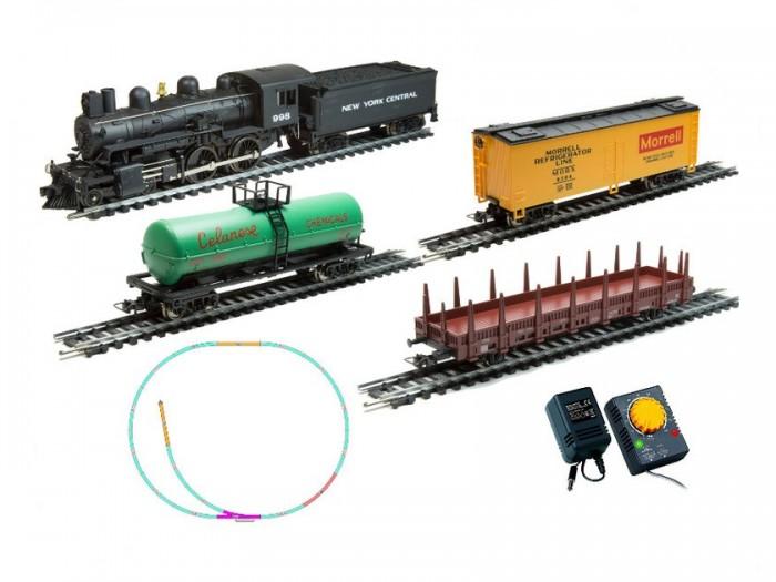 Mehano Hobby Pan American (4-4-0) с 3-мя вагонамиHobby Pan American (4-4-0) с 3-мя вагонамиЖелезная дорога «MEHANO» - миниатюрная копия грузового состава. Мельчайшие детали паровозов, тепловозов и грузовых вагонов, каждая рельефная линия экстерьера тщательно проработаны, благодаря чему состав выглядит более чем реально. Можно вообразить, как этот состав загрузили где-то на миниатюрном перевалочном пункте, а затем он аккуратно вез свой груз по длинным разветвленным путям…    Воплотить воображаемое в действительность очень легко: при желании железнодорожное полотно можно увеличить и добавить элементы ландшафта, ведь все элементы железных дорог «MEHANO» совместимы друг с другом.    При желании, можно докупить стрелку/ перекресток и состав может двигаться на другие участки ж/д дороги.    Рельсы металлические, колеса паровозов и вагонов из металла, Очень качественная игрушка.     Характеристики железной дороги «MEHANO»:    • масштаб 1:87;    • работает от электрической сети через адаптер – 220 вольт;    • возможность изменения скорости движения;    • размер собранного железнодорожного полотна: 120 х 95 см;    • ширина колеи: 16,5 мм;    • все элементы комплекта совместимы с другими сборными моделями железной дороги «MEHANO», так что юный машинист сможет прокладывать различные маршруты, строить новые станции и придумывать неповторимый, свой собственный уникальный ландшафт.    В комплекте:    • 1 паровоз/тепловоз со светом  (Паровоз с тендером)  • 3 грузовых вагона различной конфигурации;  • 13 радиальных рельс,   • 5 прямых рельс,   • 1 стрелка  • 1 радиальных рельс/контактный    • 20 клипс/соединителей,    • сетевой адаптер;    • пульт-контроллер;    • подробная инструкциями по сборке и управлению (с иллюстрациями).<br>