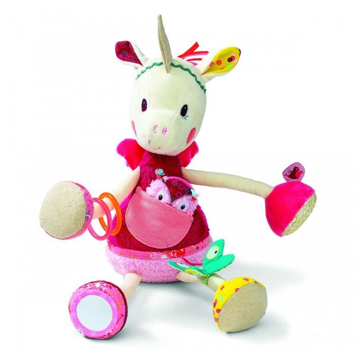 Развивающая игрушка Lilliputiens Единорожка Луиза развивающая игрушкаЕдинорожка Луиза развивающая игрушкаЕдинорожка Луиза развивающая игрушка  С Луизой не соскучишься! Она наклонила голову и ищет где же спрятался совенок... слышишь?   С нашей любимой единорожкой можно сделать столько всего интересного: покусать браслетики, поиграть с бабочкой-шуршалкой, поразглядывать себя в зеркальце! А если потрясти Луизу за ботиночек, то можно услышать уханье совы.  Размеры: 20 x 30 x 17 см<br>