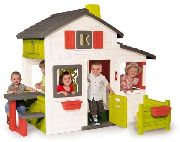 Smoby Игровой домик для друзейИгровой домик для друзейИговой дом Smoby для друзей просторный и красочный домик. Целая компания детей может одновременно играть в домике. Для этого в домике есть 3 зоны игры – сам домик, сад и место для пикника со столиком и скамейками. Дом оснащен: 2 двери, одна из которых находится на обороте - потайная дверь, ставни вращающиеся на 360 ° и которыми можно закрывать окна спереди или сбоку, столик и скамейки для пикника, которые могут располагаться как на улице, так и внутри домика, 2 цветочных горшка. На двери есть электронный звонок. С антиультрофиолетовым покрытием, поэтому не выгорает на солнце и морозоустойчив.<br>