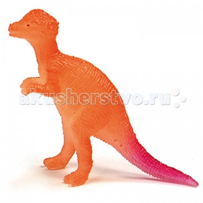Geoworld Мини-набор палеонтолога Пахицефалозавр 6.5 см (светится в темноте)Мини-набор палеонтолога Пахицефалозавр 6.5 см (светится в темноте)Пахицефалозавр в виде яркой 6,5 сантиметровой фигурки спрятан внутрь небольшого гипсового бруска. Ребенок с этим набором получает возможность попробовать себя в роли палеоархеолога. Для этого у него есть специальная стамеска, которая тоже входит в состав набора. Юный ученый должен очистить фигурку от гипсовых кусочков. Из прилагаемой карточки можно узнать научную информацию о пахицефалозавре. Приятный бонус – извлеченная фигурка способна накапливать свет и светиться в темноте мягким фосфоресцирующим светом!  Комплект:   Гипсовая форма с фигуркой динозавра; Стамеска;  Карточка с информацией.    Особенности:  Размер игрушки: 6.5 см<br>