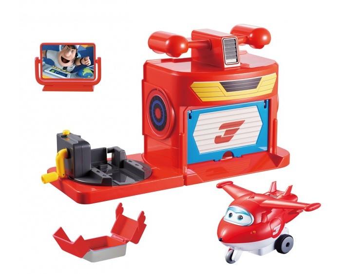 Super Wings Игровой набор Ангар ДжеттаИгровой набор Ангар ДжеттаИгровой набор Ангар Джетта  Если ваш ребеное мечтательно смотрит приключения отважных самолётов из команды «Супер Кпрылья», то предложите ему самостоятельно запустить в полет главного героя.   Ведь в этом наборе помимо него ест еще и реалистичный ангар со специальным механизмом, который при активации придаёт игрушке ускорение, и она срывается с места.<br>