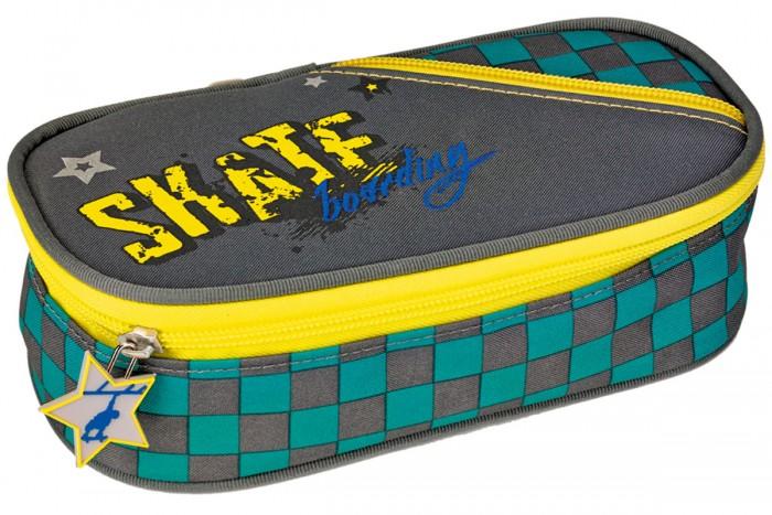 Spiegelburg Пенал Skateboarding 11863Пенал Skateboarding 11863Пенал Skateboarding поможет разместить все ручки, карандаши, линейки и прочие предметы для учебы. Легкий, компактный, вместительный.  Особенности:  Размер: 21 x 5,5 x 11 cм<br>