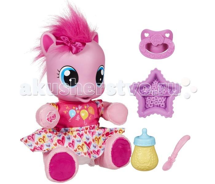 Интерактивная игрушка My Little Pony Hasbro Пони Пинки ПайHasbro Пони Пинки ПайМалютка пони Пинки Пай Hasbro говорит на русском языке, и она очень хочет научиться ходить!  Ваш малыш может ей в этом помочь, ее нужно будет поддерживать на руках.   Малютка пони Пинки Пай очень нуждается в добром и внимательном хозяине!  Позвольте своему малышу проявить заботу о замечательном существе. Пони шевелит ножками, а если их выпрямить и держать пони за ручки, то она пойдет. Пони можно кормить из бутылочки или с тарелочки, она кушает как настоящая, и в процессе издает звуки. Когда пони проголодается, то обязательно сообщит Вам!  Играть с пони Пинки Пай – одно удовольствие. Ваш ребенок будет по-настоящему счастлив!  В комплект входят: бутылочка, соска, ложка и тарелочка.   Размер упаковки: 154*344*305 мм<br>