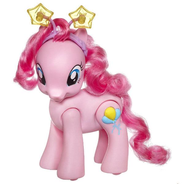 Интерактивная игрушка My Little Pony Hasbro Озорная Пинки ПайHasbro Озорная Пинки ПайИнтерактивная игрушка веселой и озорной Пинки Пай из популярного мультсериала My Little Pony станет лучшим другом вашему малышу! Пони умеет ходить, говорить и петь и не может дождаться начала веселых игр со своей новой подружкой! В наборе озорная Пинки Пай, ободок на голову пони.  Игра стимулирует развитие у ребенка воображения.   В комплекте:  озорная Пинки Пай;  ободок на голову пони.   Возраст: от 3 лет  Подходит: для девочек  Материал: пластик  Высота пони: 22 см  Размер упаковки: 28х26х8 см  Вес: 500 гр  Питание: 2 батарейки АА (в комплекте).<br>