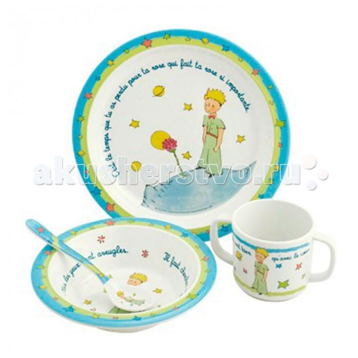 Petit Jour Набор детской посуды Petit PrinceНабор детской посуды Petit PrincePetit Jour Набор детской посуды Petit Prince в подарочной упаковке. Ваш малыш будет кушать с удовольствием!   Особенности: набор изготовлен из гипоаллергенного материала 0% фталатов и BPA (бифенол А) на дне тарелки есть веселый рисунок, для того, чтобы ее разглядеть, нужно опустошить тарелку тарелка с нескользящим дном и широкими краями, что обеспечивает ее устойчивость и непроливание пищи глубокая ложечка удобная ручка у ложки идеальна для самостоятельного питания кружка с двумя ручками тарелку и приборы можно мыть в посудомоечной машине  не подходит для использования в микроволновой печи и для горячих напитков  В комплекте: тарелка, глубокая тарелка, ложка и кружечка. В подарочной упаковке.  Размер: ложка 14 см, глубокая тарелка 16 см, тарелка 21 см, кружка 7х9 см<br>